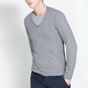 Zara men's grey v neck sweater szS